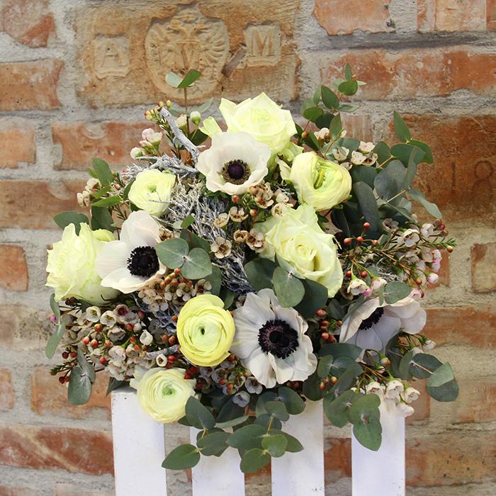Grünwerkstatt Blumenstrauß weiß elegant